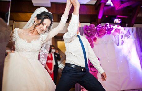 55 Collins Entertainment ct wedding dj prices