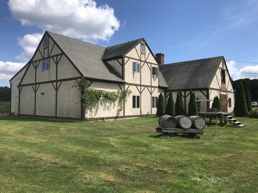 Haight Brown Vineyard Unique Wedding Venues in CT